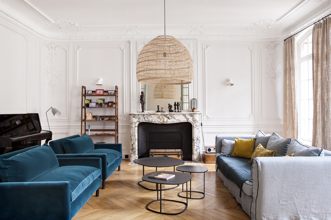 Un appartement haussmannien sublim par camille hermand architectures madam - Moulure appartement haussmannien ...
