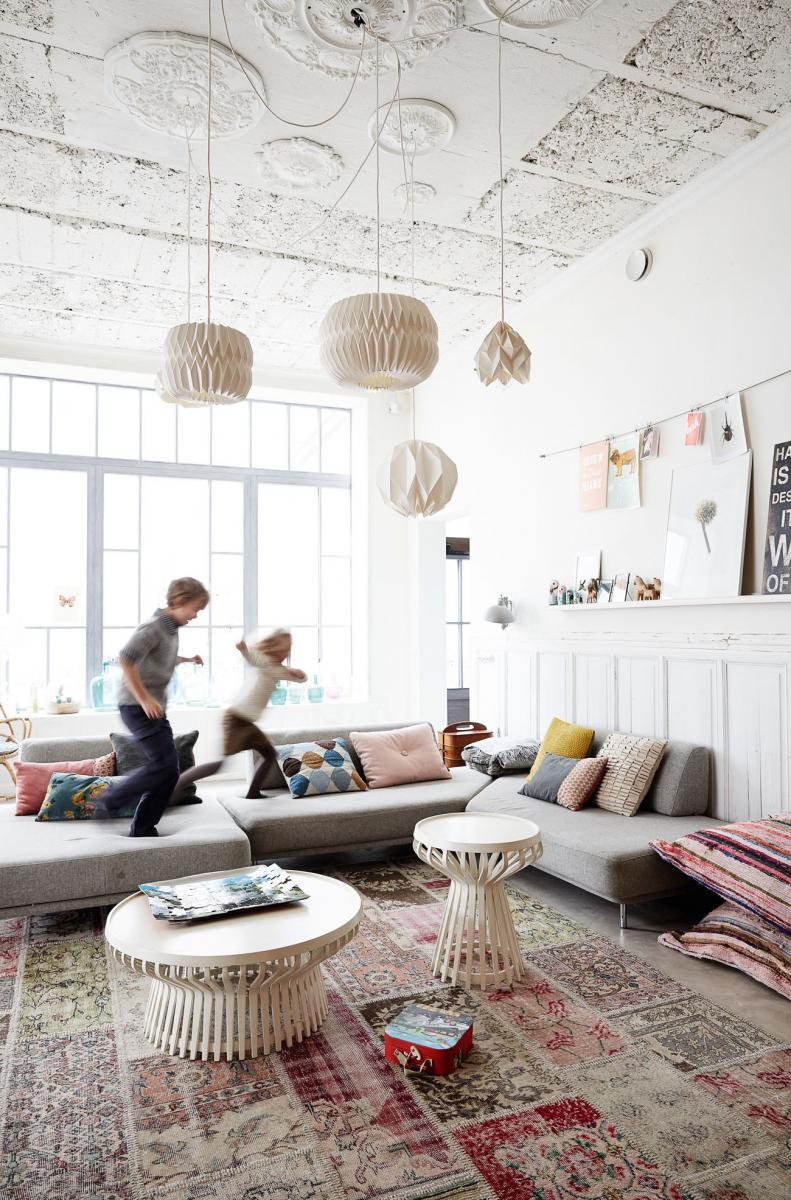 une ancienne gaufrerie transform e en maison de famille madame d core. Black Bedroom Furniture Sets. Home Design Ideas