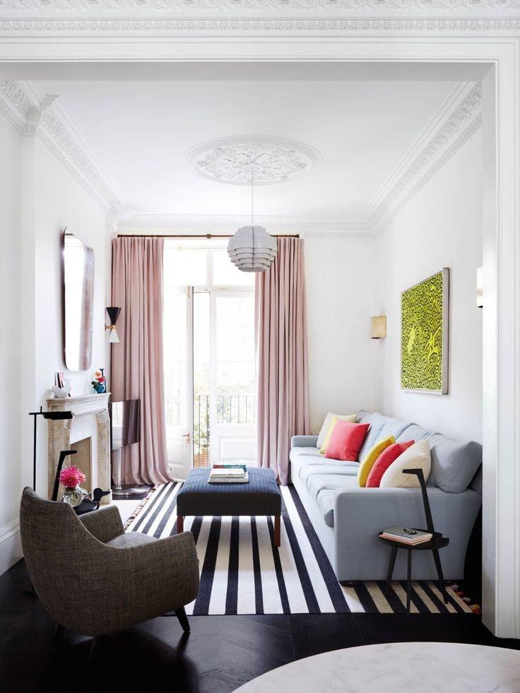 Petit salon comment meubler un petit espace madame - Meubler un petit studio ...