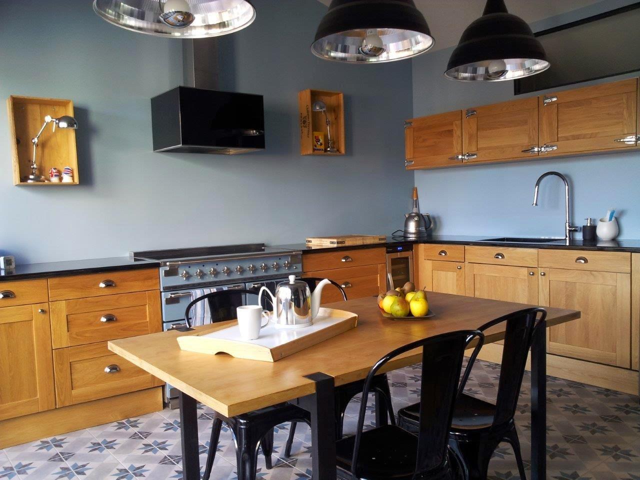 une cuisine industrielle et vintage madame d core. Black Bedroom Furniture Sets. Home Design Ideas