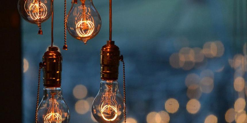 Le Retour De L Ampoule A Filaments Et Du Luminaire Industriel