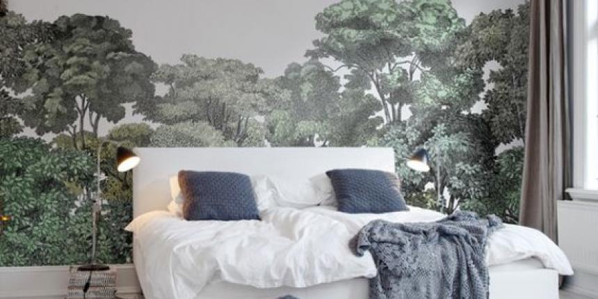 papier peint derriere tete de lit par ailleurs la suite parentale prsente derrire le mur de la. Black Bedroom Furniture Sets. Home Design Ideas