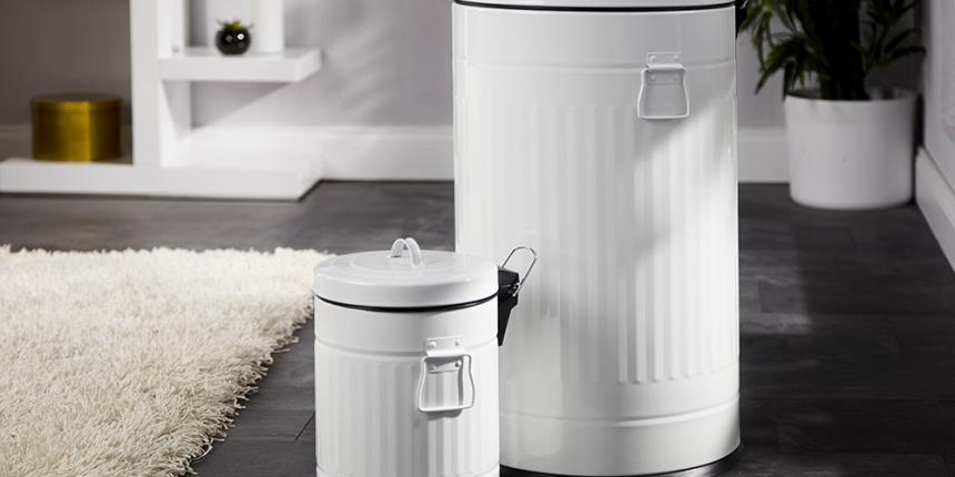 une jolie poubelle r tro madame d core. Black Bedroom Furniture Sets. Home Design Ideas